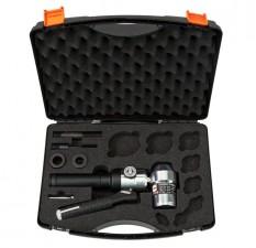 Hydraulic Hole Puncher 90° Head, 360° Swivel c/w Case & Accessories